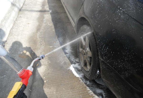新奇特洗车