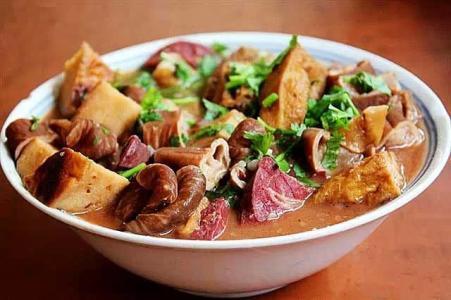 老北京卤煮炙子烤肉